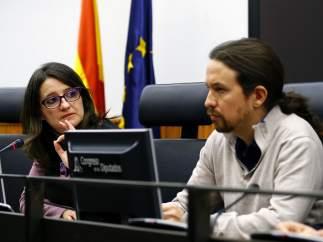 Reunión Podemos y Compromís