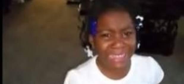 El llanto de una niña por el adiós de Obama triunfa en Facebook... y el presidente la consuela