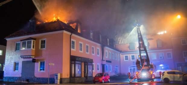 Incendian en Austria un centro de acogida de refugiados que aún no estaba habitado
