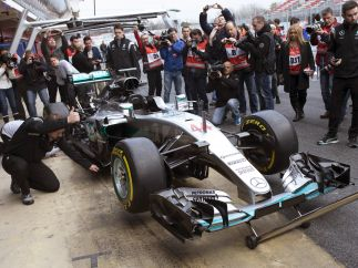 Vista frontal del Mercedes W07