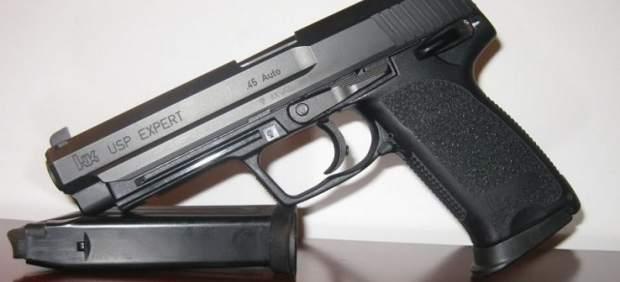 Arma reglamentaria