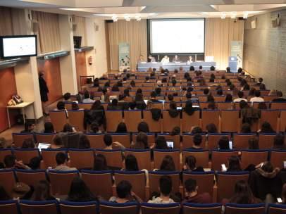 Imagen del auditorio de la Facultat de Comunicació Blanquerna de Barcelona durante las jornadas '15 años que han cambiado la comunicación' organizadas por 20minutos.