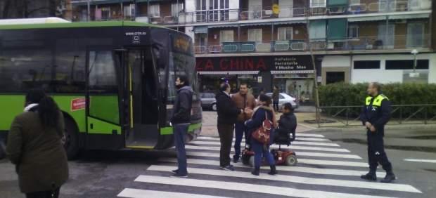 El Langui parando un autobús