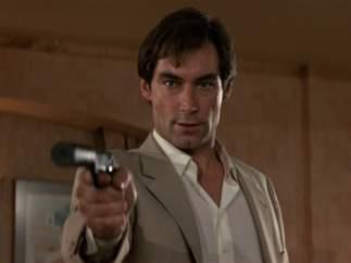 Timothy Dalton como James Bond