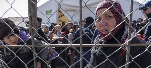 Finlandia y Rusia cierran su frontera norte a los refugiados para mermar la ruta ártica