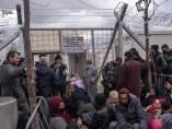 Refugiados atrapados en Grecia