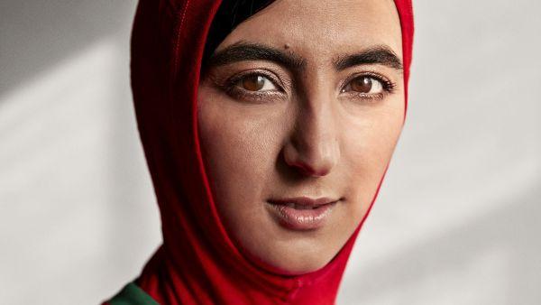 'Hijab' integrado