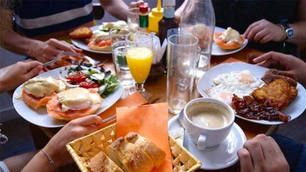 Buffet De Desayuno Americano