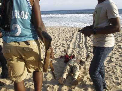 Atentado en Costa de Marfil