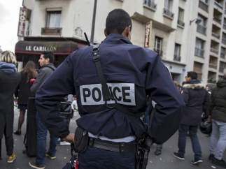 Policía en París
