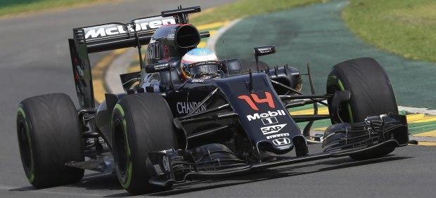 Räikkönen marca el ritmo en los segundos entrenamientos libres de China y Alonso es undécimo