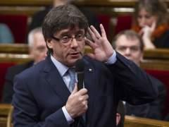 Puigdemont convoca a partidos y entidades para defender la ley de pobreza energética