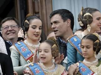 Ximo Puig y Pedro Sánchez en las Fallas.
