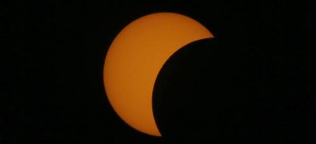 Esta primavera habrá una lluvia de estrellas y un eclipse de luna