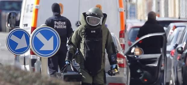 Gran operación en Bruselas: los artificieros entran en Schaerbeek y se escuchan explosiones