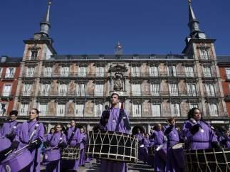 Tamborrada en la Plaza Mayor de Madrid