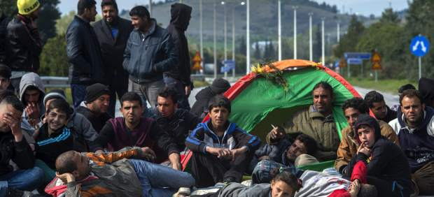 Bruselas propondrá a los Estados multas de 250.000 euros por cada refugiado que no acojan