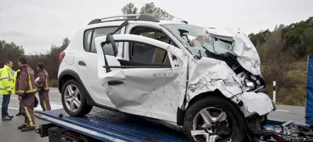 Trece personas han fallecido en seis accidentes de tráfico este fin de semana