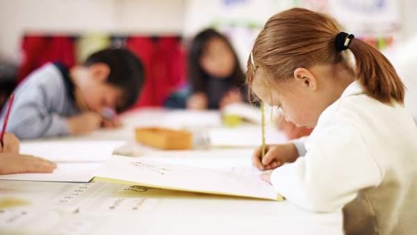 Niños en el colegio
