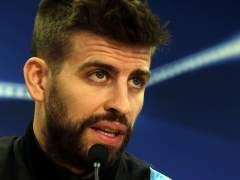 Piqué no se olvida del Madrid en Twitter