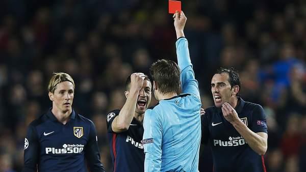 Tarjeta roja a Fernando Torres