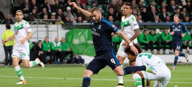 La lesión de Karim Benzema no es grave y podrá jugar el partido de vuelta ante el Wolfsburgo