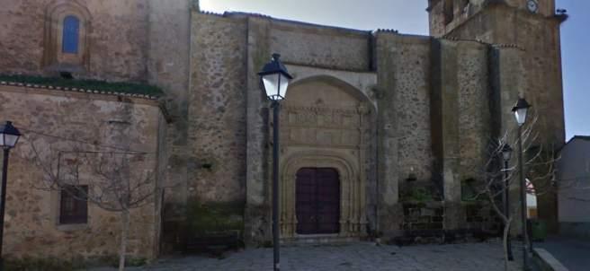 Iglesia de Arroyomolinos de Montánchez