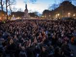 Indignados Franceses en la plaza de la República de París