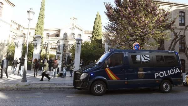 Registro en el Ayuntamiento de Granada