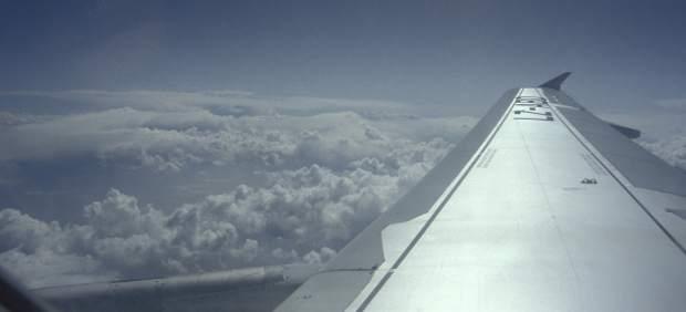 Turbulencias durante un vuelo: ¿por qué no debes temerlas?
