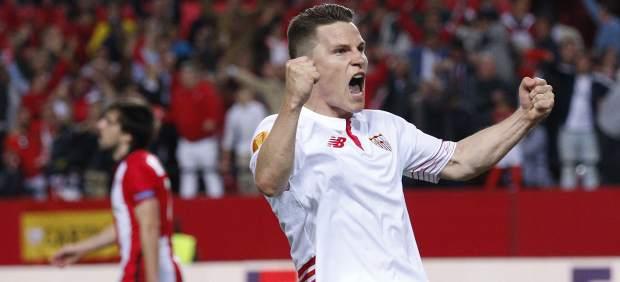 Sevilla, que eliminó en los penaltis al Athletic, y Villarreal, a semifinales de la Europa League