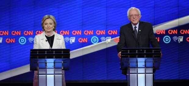 Clinton y Sanders participan en un áspero debate en Nueva York antes de una elección clave