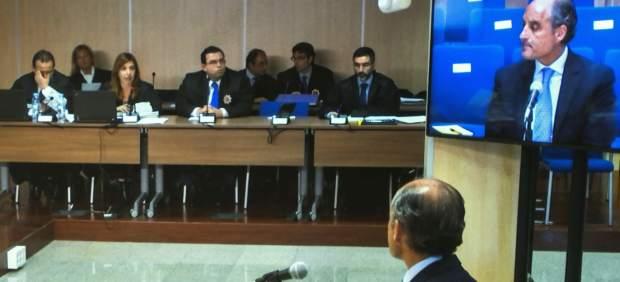 Francisco Camps niega su intervención en la adjudicación de proyectos a Urdangarin