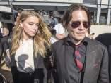 El actor Johnny Depp y su esposa, Amber Heard