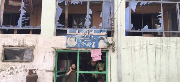Un atentado suicida con bomba en el centro de Kabul deja varios muertos y heridos