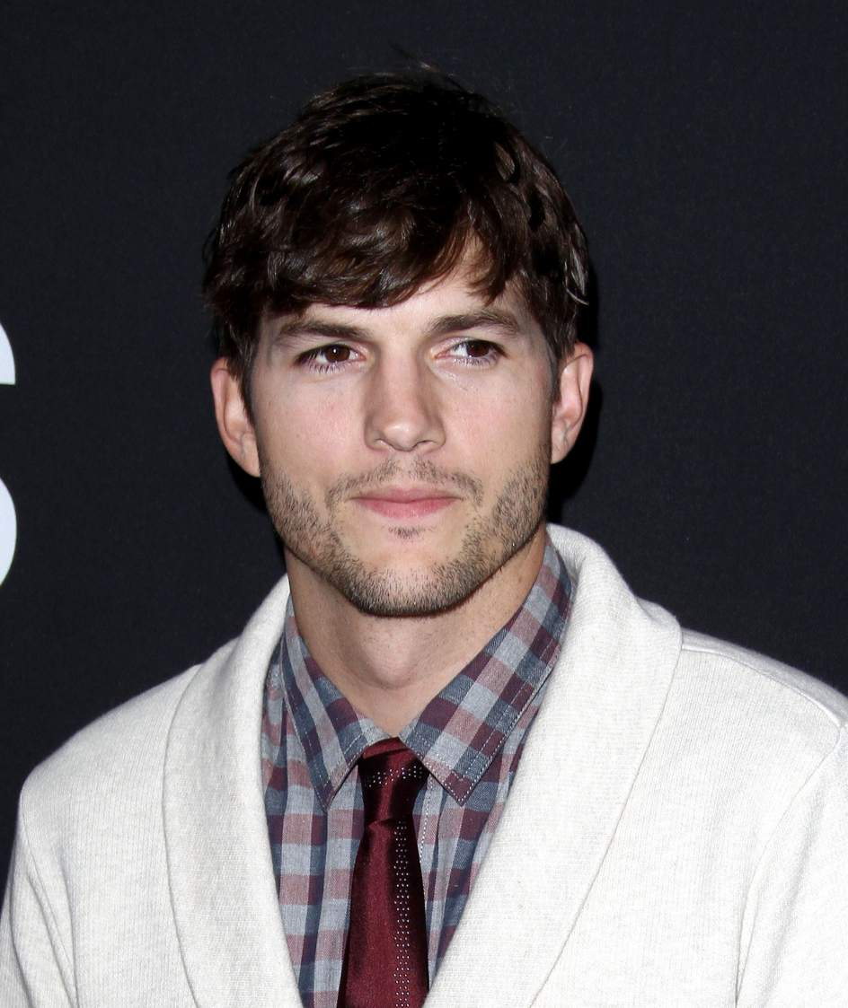 """Ashton Kutcher, """"... Ashton Kutcher"""
