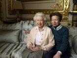 Las 90 primaveras de Isabel II