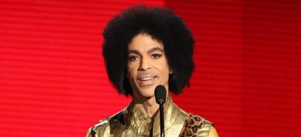 Prince llevaba muerto más de 6 horas cuando lo encontraron, según los paramédicos