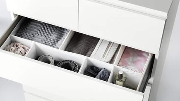 Tres niños mueren al volcar el mismo modelo de cómoda de Ikea sobre ...