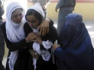 Estudiante afgana envenenada