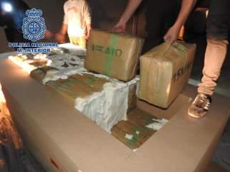 Detienen a ocho narcotraficantes