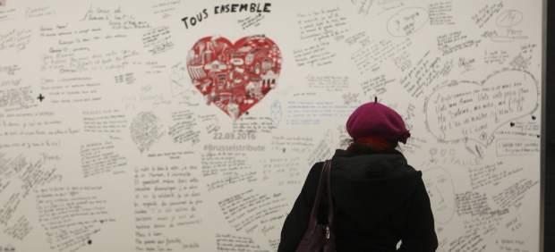 El metro de Bruselas vuelve a la normalidad tras los atentados con la reapertura de Maelbeek