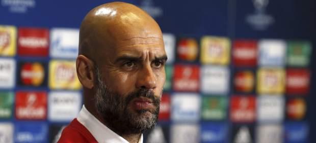 """Guardiola carga contra sus médicos: """"Godín se recuperó enseguida, ¿por qué no lo lográis?"""""""