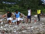 Tareas de retirada de escombros en Ecuador