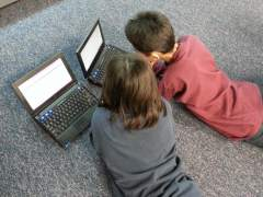 Unicef denuncia la desprotección de los niños en internet: uno de cada tres usuarios es menor