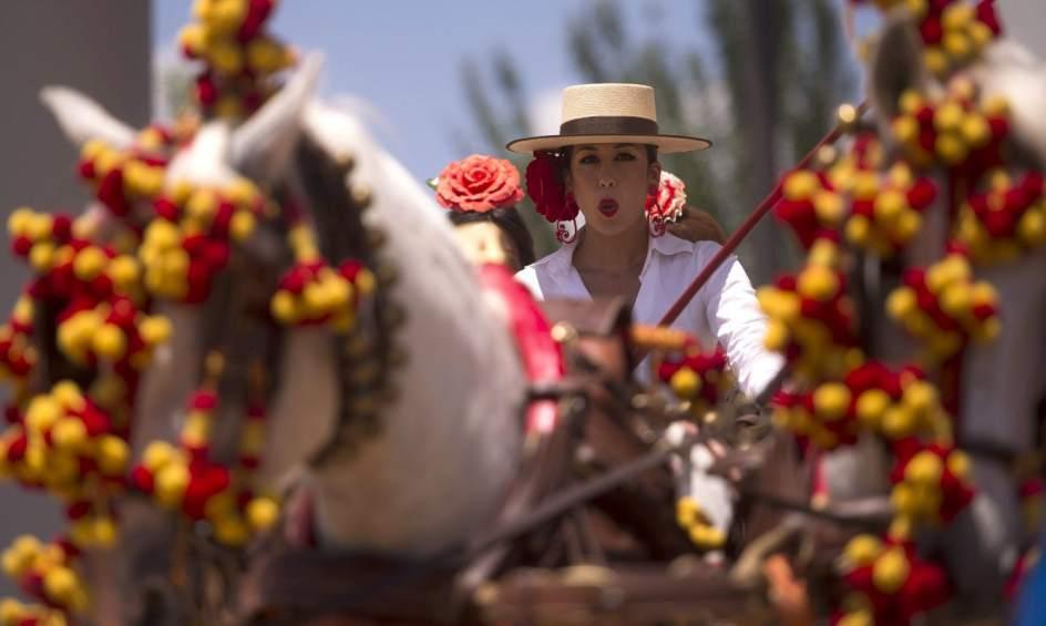 La feria en el arenal que este a o crece en casetas for Feria de artesanias cordoba 2016