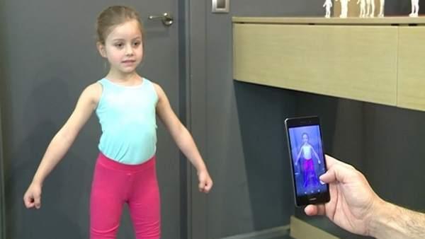 Uso de la 'app' móvil para acertar en la talla de ropa de los niños