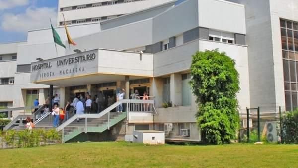 Vista Lateral Del Hospital Virgen Macarena De Sevilla