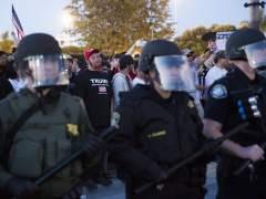 Al menos veinte detenidos en protestas tras un acto de electoral de Trump