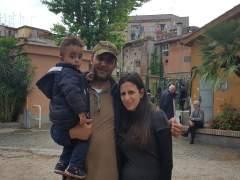 """Un sirio rescatado por el Papa: """"Ha hecho más por nosotros que cualquier líder musulmán"""""""